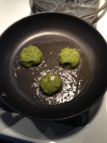 Fry falafel in oil